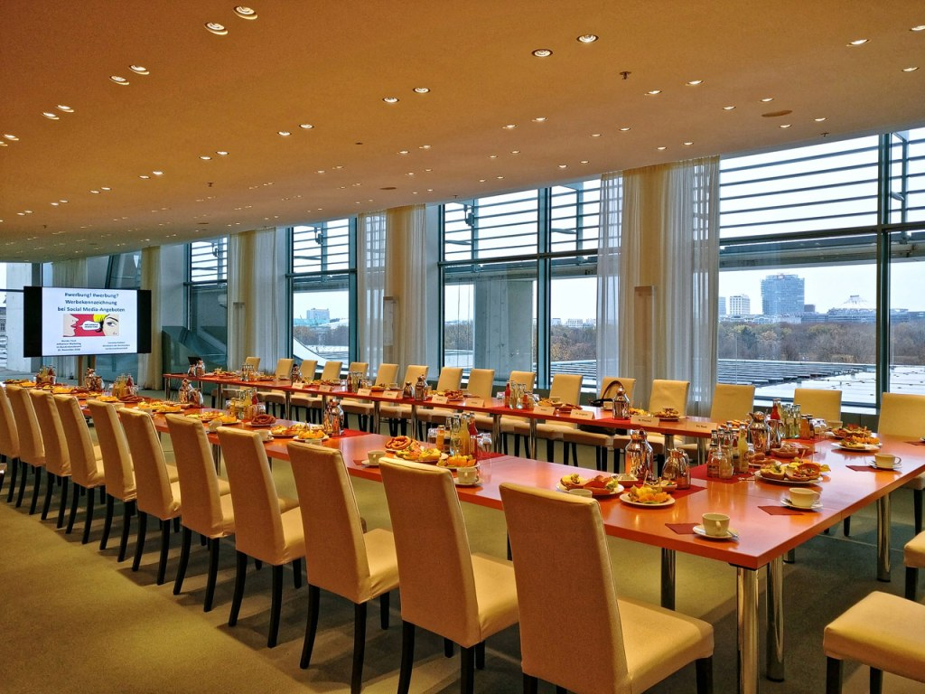 """Der """"Runde Tisch"""" im Bundeskanzleramt"""