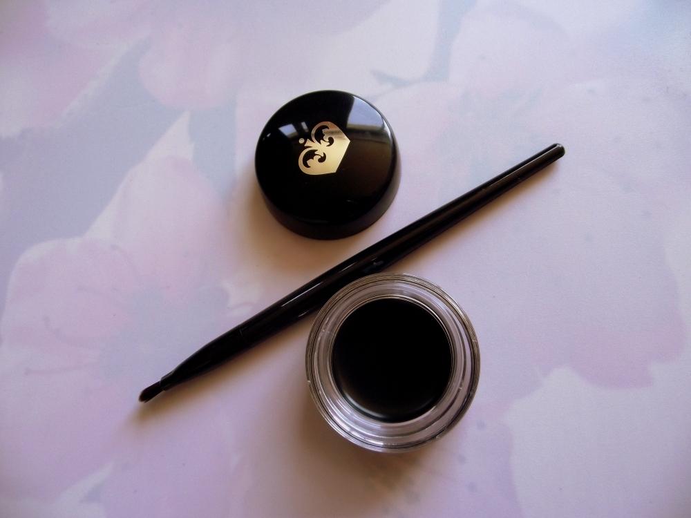 rimmel london scandaleyes waterproof gel eyeliner (2)