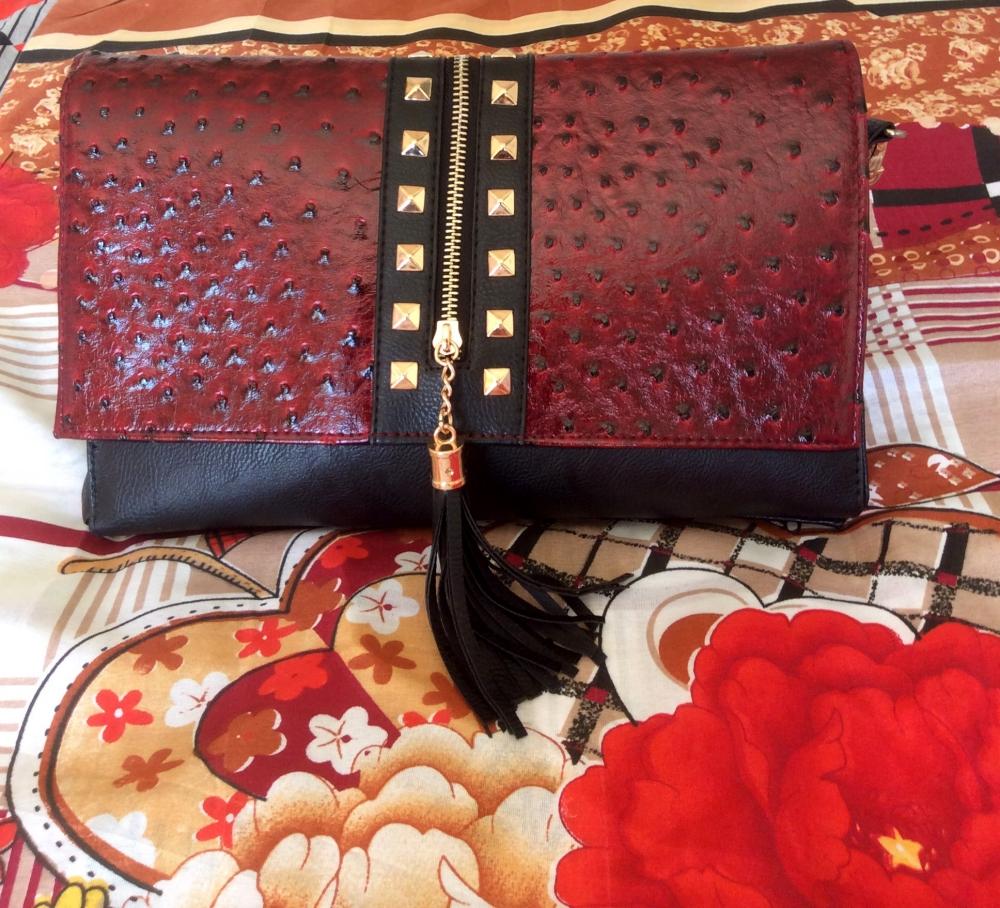 what's in my bag essentials - Bloggerissa (5)