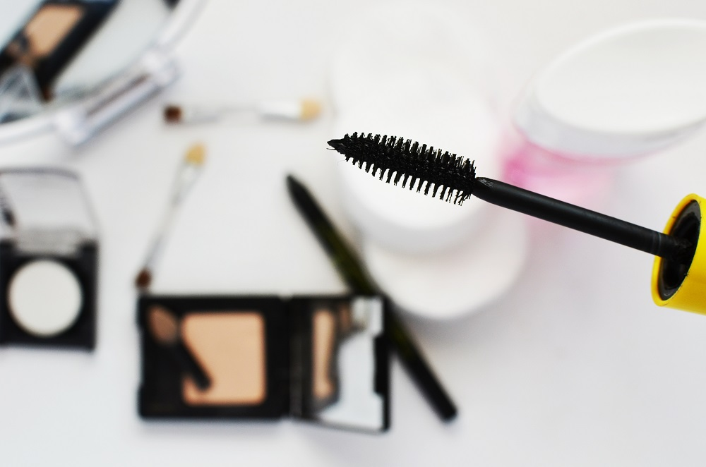 save or splurge - make-up products for girls on a budget (2)