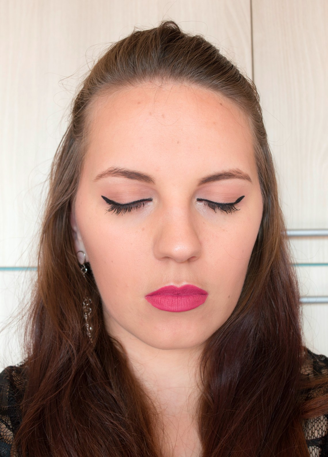 Full Make-up Look with Only 6 Products - Challenge accepted (4)