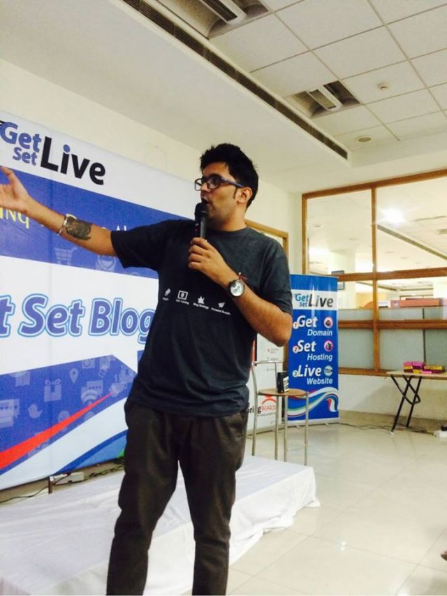 Jitendra vaswani at getsetblog event in delhi