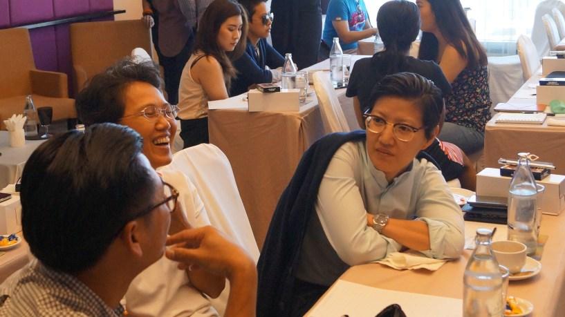 Revenuehits bangkok bloggers meet 2015 (37)