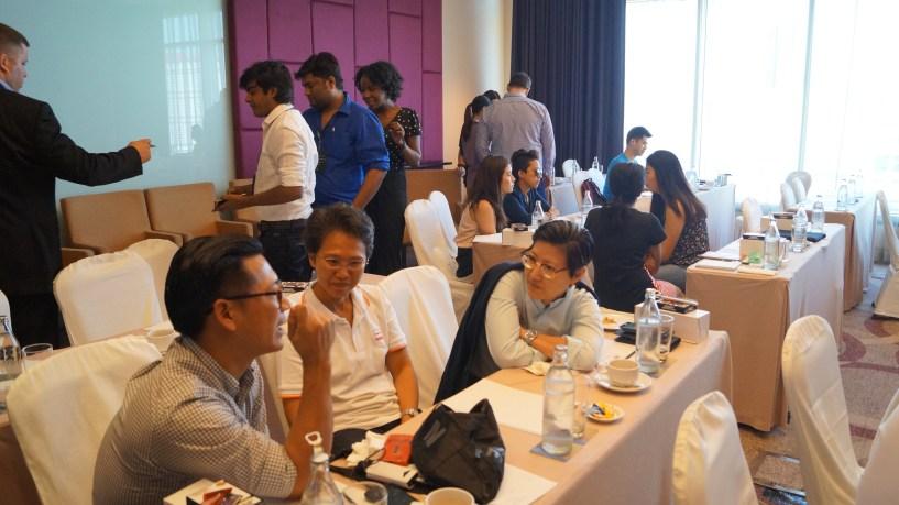Revenuehits bangkok bloggers meet 2015 (39)