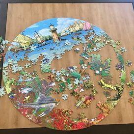 Circular seascape puzzle