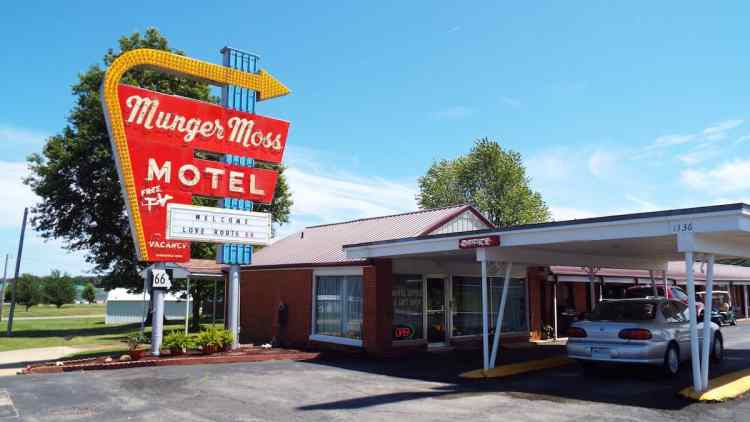 The Munger Moss Motel classic neon sign