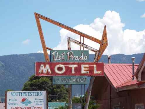 Route 66 Motel Neon sign