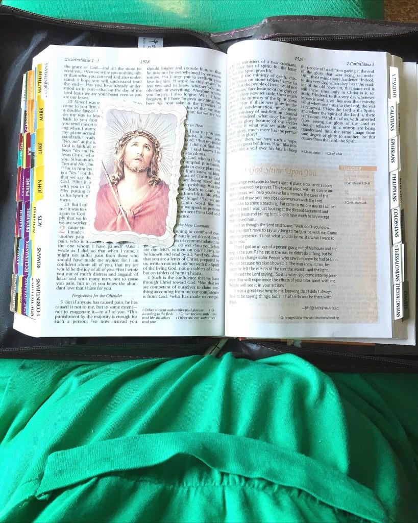 Image of Jesus on Bible
