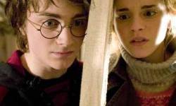 Daniel Radcliffe y Emma Watson entre las Celebridades Adolescentes con Mejor Estilo