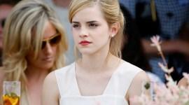 Emma Watson Habla Sobre su Verano en su Web Oficial