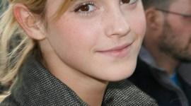 Más Fotografías de Emma Watson en el 'París Fashion Week'