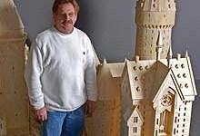 Fanático de 'Harry Potter' Recrea el Castillo de Hogwarts Usando 602.000 Cerillas!