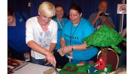 Tom Felton: Fotografías en el Dragon*Con 2009; Próxima Asistencia a Evento de Parque Temático