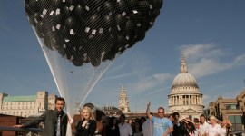 Evanna Lynch y Matthew Lewis Promocionan DVD de 'El Misterio del Príncipe' en Londres