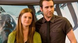 Matthew Lewis y Bonnie Wright Responden Preguntas en Concurso de 'Las Reliquias' en Facebook