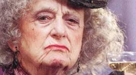 Primer Vistazo a la Tía Muriel en 'Harry Potter y las Reliquias de la Muerte, Parte I'