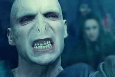 Ralph Fiennes, Tom Felton, y Daniel Radcliffe Hablan de la Caracterización de Lord Voldemort