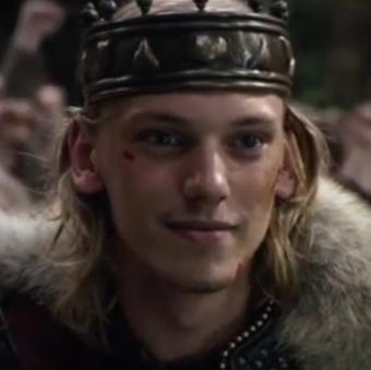 Videoclip: Jamie Campbell Bower como el Rey Arturo en 'Camelot' de la Cadena 'Starz'