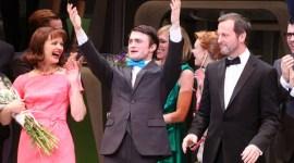 Primeras Imágenes de Daniel Radcliffe tras el Estreno de la Obra 'How to Succeed in Business'