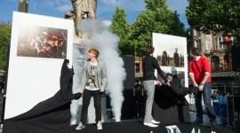 Rupert Grint y James y Oliver Phelps Asisten a la Presentación de 'Las Reliquias II' en Amsterdam