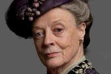 Maggie Smith Gana en los Emmy 2011