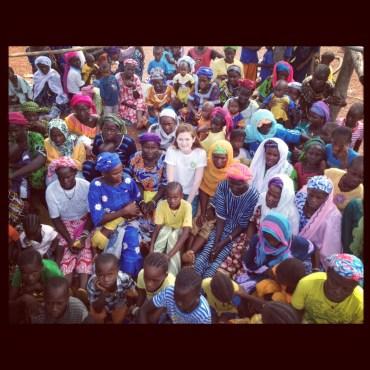 Bonnie Wright como embajadora de Oxfam en Senegal!