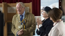 Fotografías de Michael Gambon en 'The Casual Vacancy'