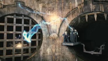 ¿Cómo es la Montaña Rusa 'Harry Potter y el Escape de Gringotts' en Orlando?