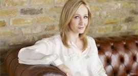 JK Rowling Bromea en Twitter sobre una Posible Precuela de Harry Potter