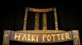 A subasta la silla en la que se sentó JKR cuando comenzó a escribir Harry Potter