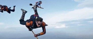 Video: ¡Mira cómo juegan Quidditch saltando en paracaídas!