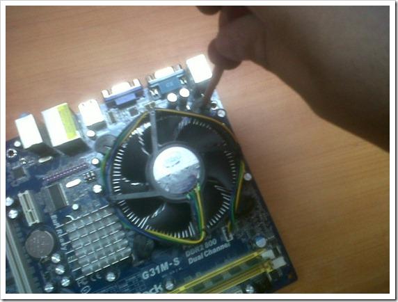 05 Retiramos el disipador de calor
