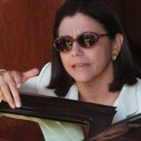 Sem chance, Roseana descartou e permanece em silêncio sobre sucessão na capital