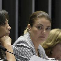 Partidos ignoram lei de apoio a mulheres