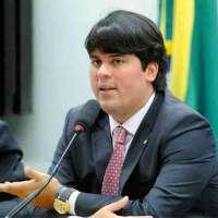 André Fufuca assume interinamente a presidência nacional do PP