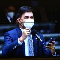 Rubens Jr destaca mudanças na Câmara Federal com novo Regimento Interno