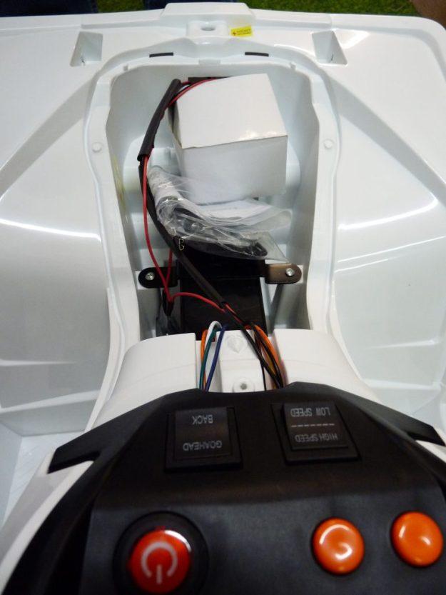 assembler quad électrique enfant 12 volts