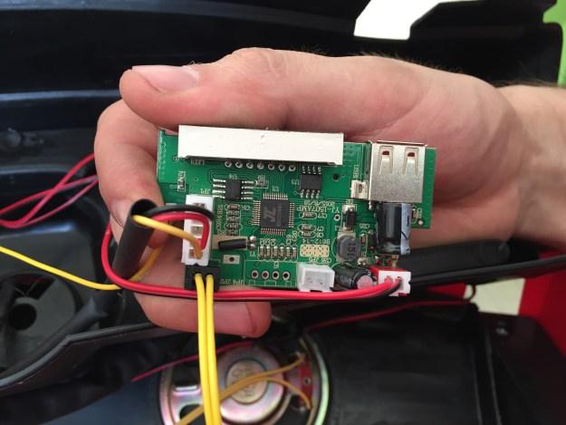 changer interface de Ford Ranger électrique pour enfant