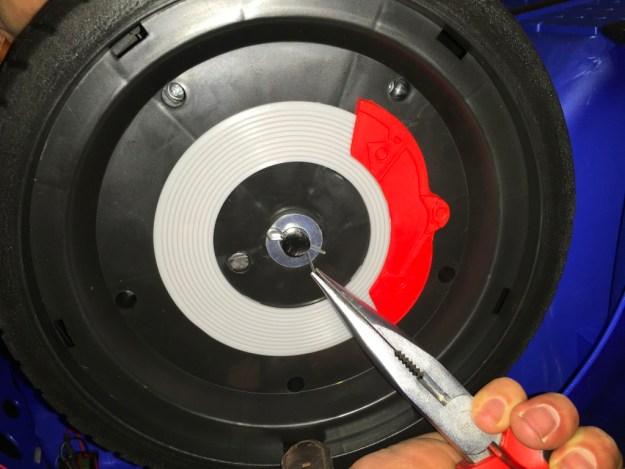 fixer roue de voiture 12v