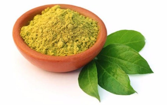 How To Use Henna Leaves for Thinning Hair