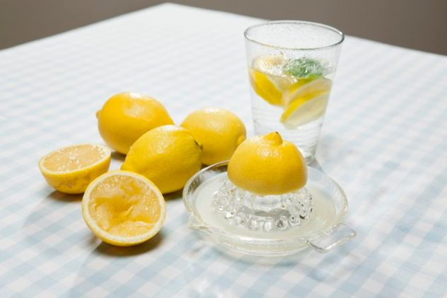 Lemon Juice For Dark Knees and Elbows