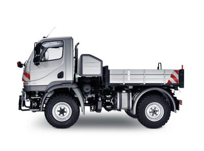 autocarro-benz-mercedes-u20-unimog-01.jpg