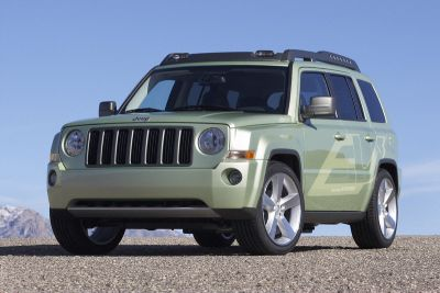 jeep-patriot-ev-amplia-il-portafoglio-di-vetture-a-propulsione-elettrica-di-chrysler-llc-01