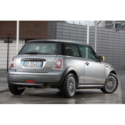 nuova-mini-ray-a-partire-da-15900-euro-03