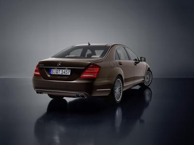 mercedes-benz-classe-s-model-year-2009-il-riferimento-tra-le-berline-di-lusso-02