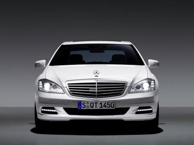 nuova-mercedes-benz-s-400-hybrid-02