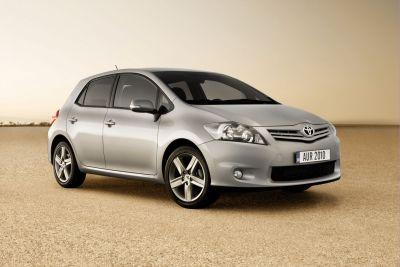 Ginevra 2010 le immagini della nuova Toyota Auris 00