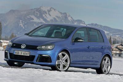 Nuova Volkswagen Golf R 00