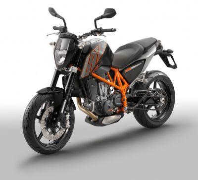 KTM 690 Duke: su Facebook il concorso per vincerla
