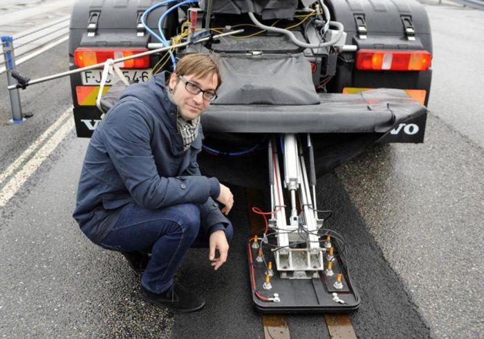 La strada elettrica pensata da Volvo per una mobilità sostenibile dei mezzi pesanti 00